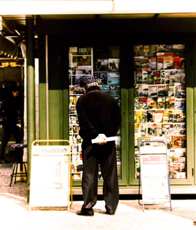 Newsagent stall, Italy